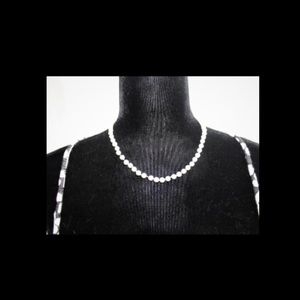 Pretty High Quality Faux Pearl Chaps Necklace